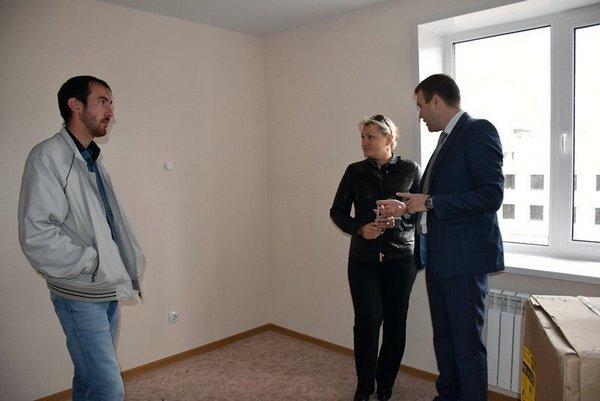 Ирина Ширшина и Юрий Ильин проинспектировали новостройки в Заре